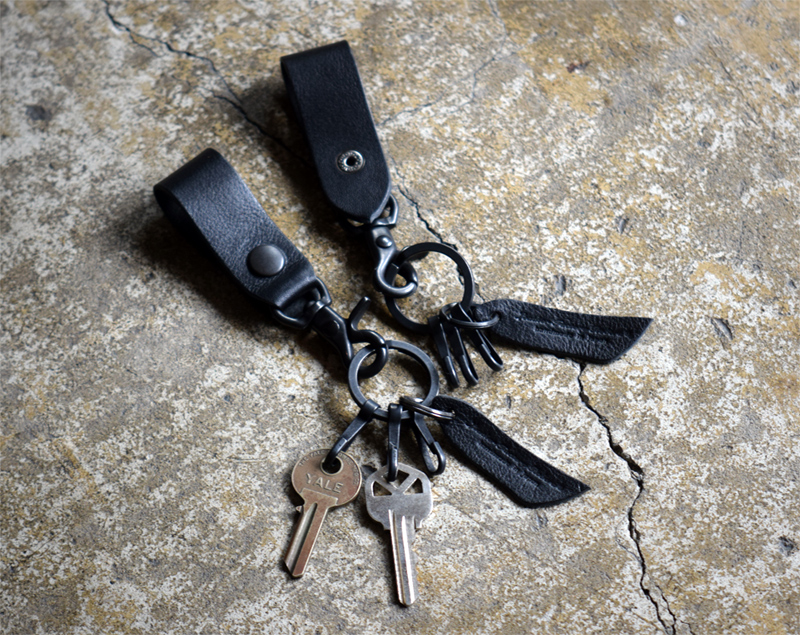 Roberu Black Key Ring