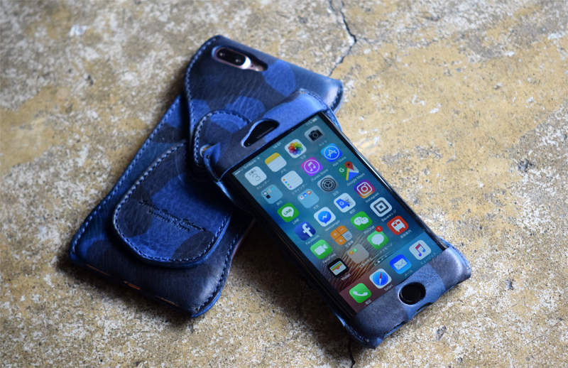 Roberu iPhone 8 / 8 Plus Navy Camouflage Leather Case