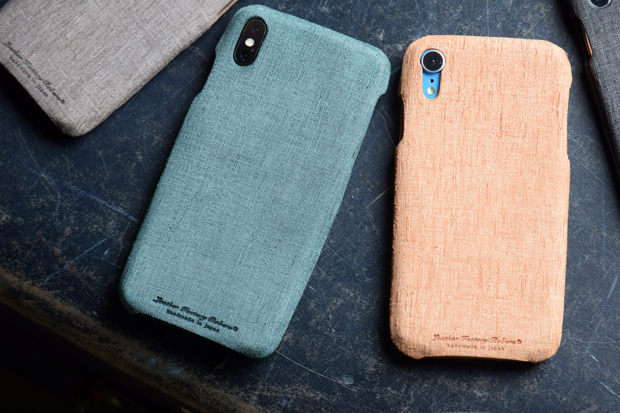 Roberu iPhone XS / XR Italian Embossed Leather Case